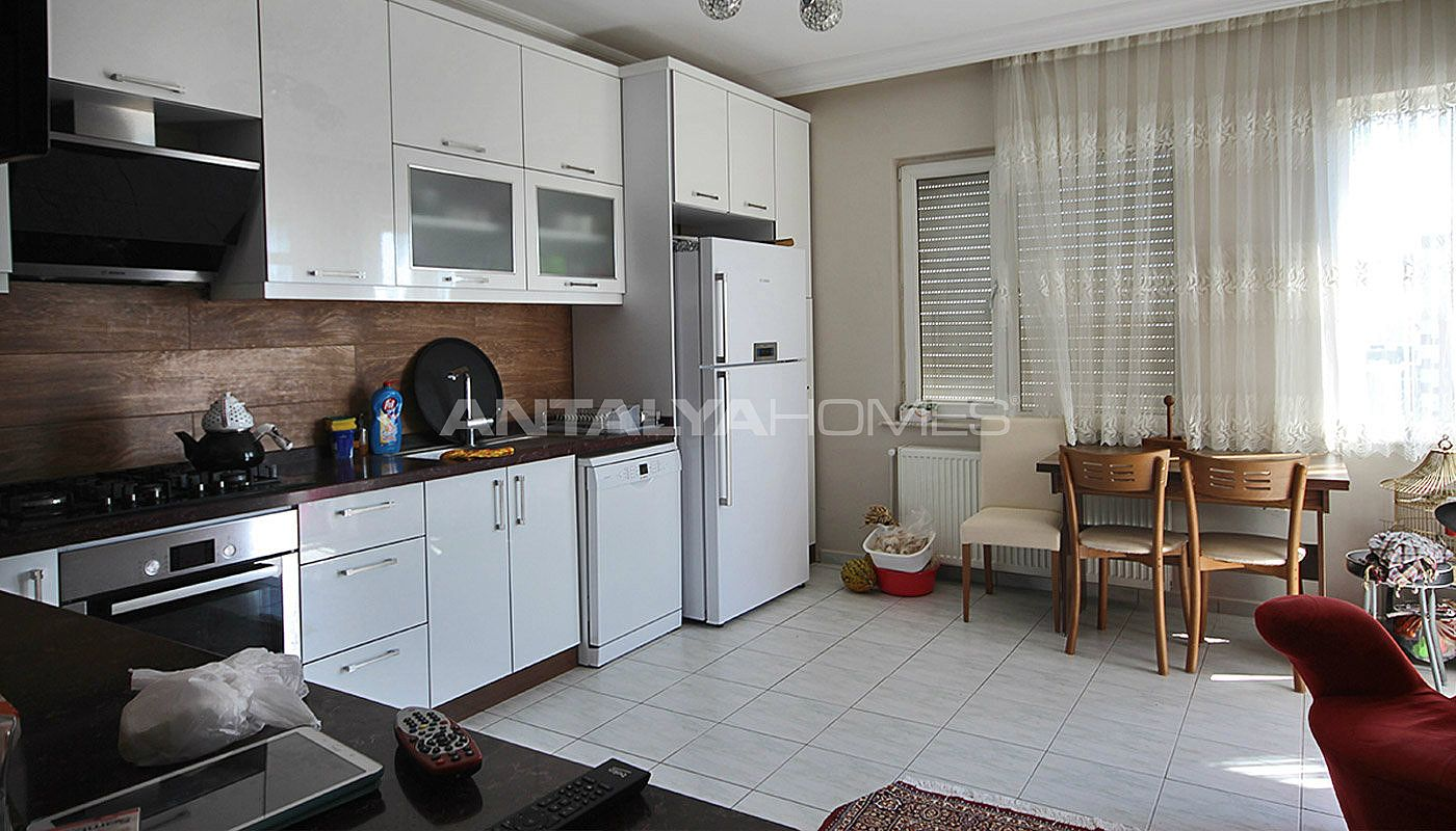 5-1-spacious-apartment-in-lara-antalya-with-2-kitchen-005.jpg