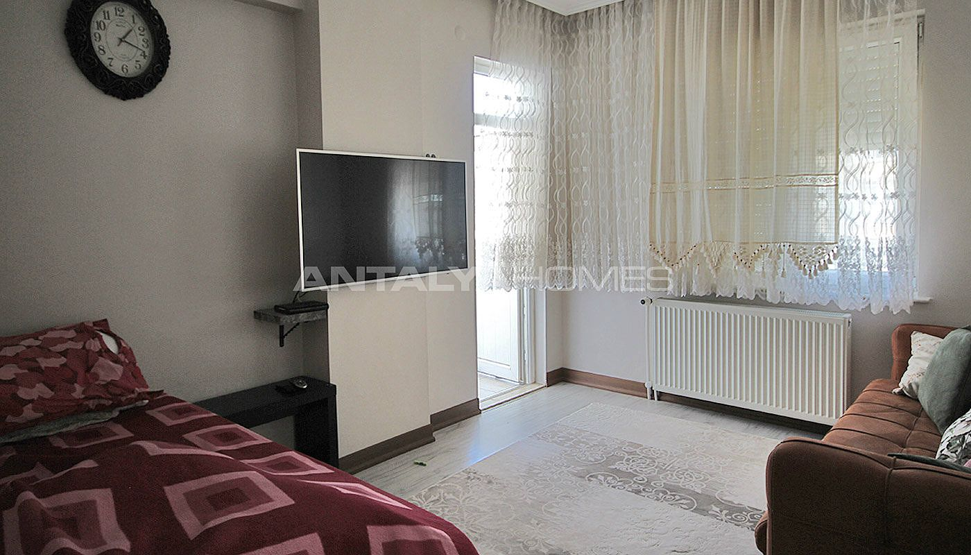 5-1-spacious-apartment-in-lara-antalya-with-2-kitchen-014.jpg