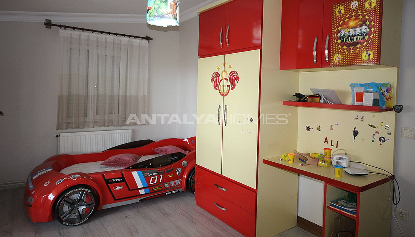 5-1-spacious-apartment-in-lara-antalya-with-2-kitchen-018.jpg