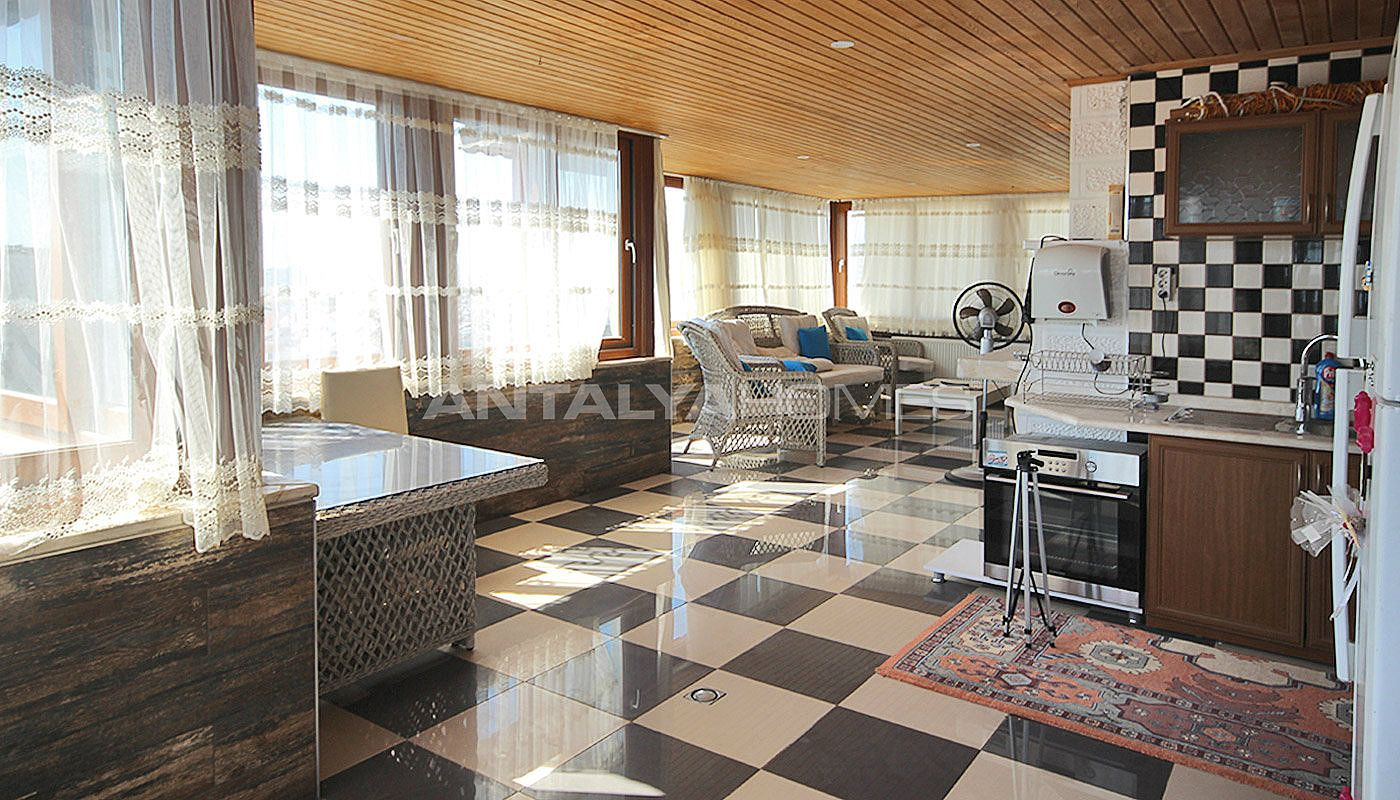 5-1-spacious-apartment-in-lara-antalya-with-2-kitchen-021.jpg