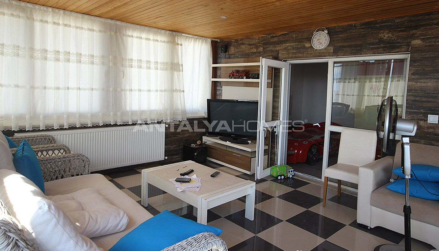 5-1-spacious-apartment-in-lara-antalya-with-2-kitchen-022.jpg