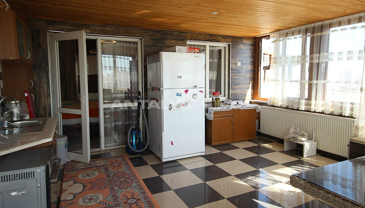 5-1-spacious-apartment-in-lara-antalya-with-2-kitchen-023.jpg