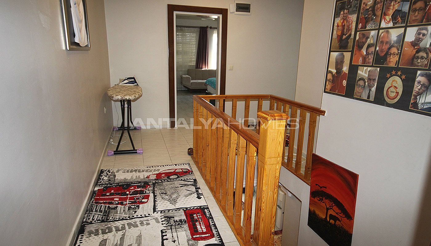 5-1-spacious-apartment-in-lara-antalya-with-2-kitchen-024.jpg