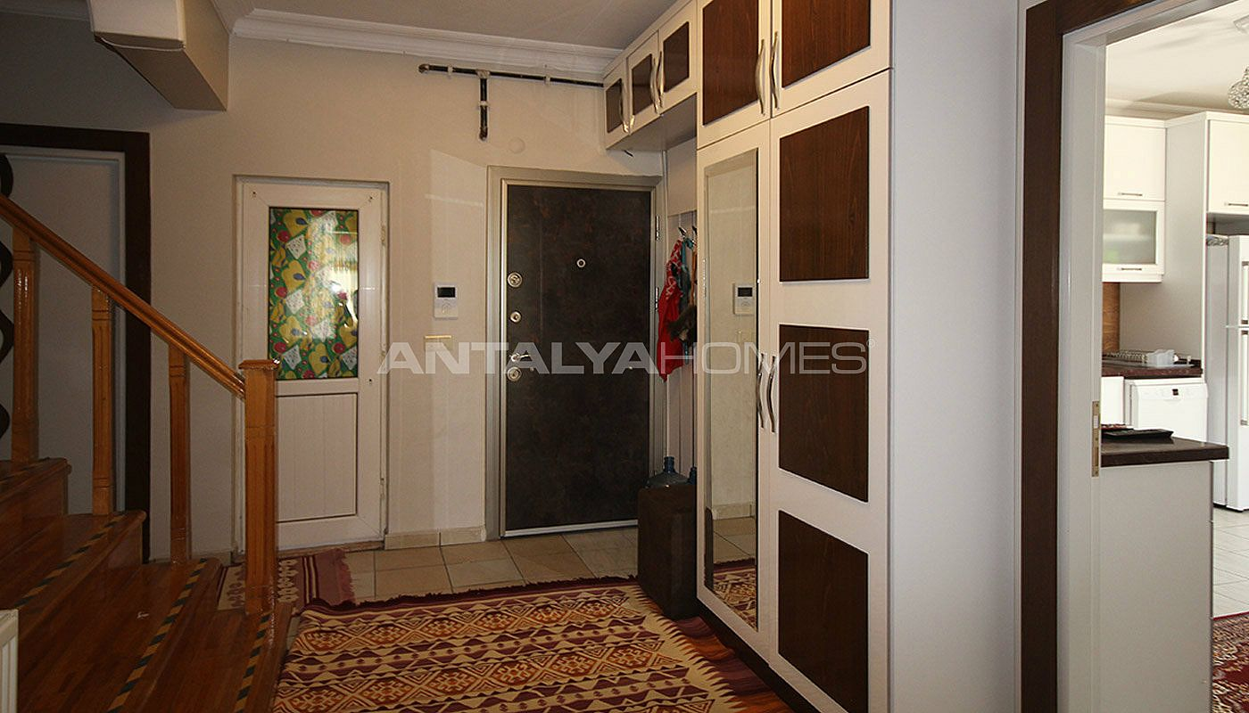 5-1-spacious-apartment-in-lara-antalya-with-2-kitchen-025.jpg