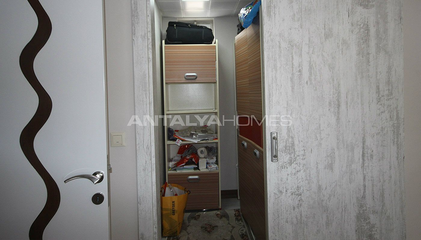 5-1-spacious-apartment-in-lara-antalya-with-2-kitchen-028.jpg
