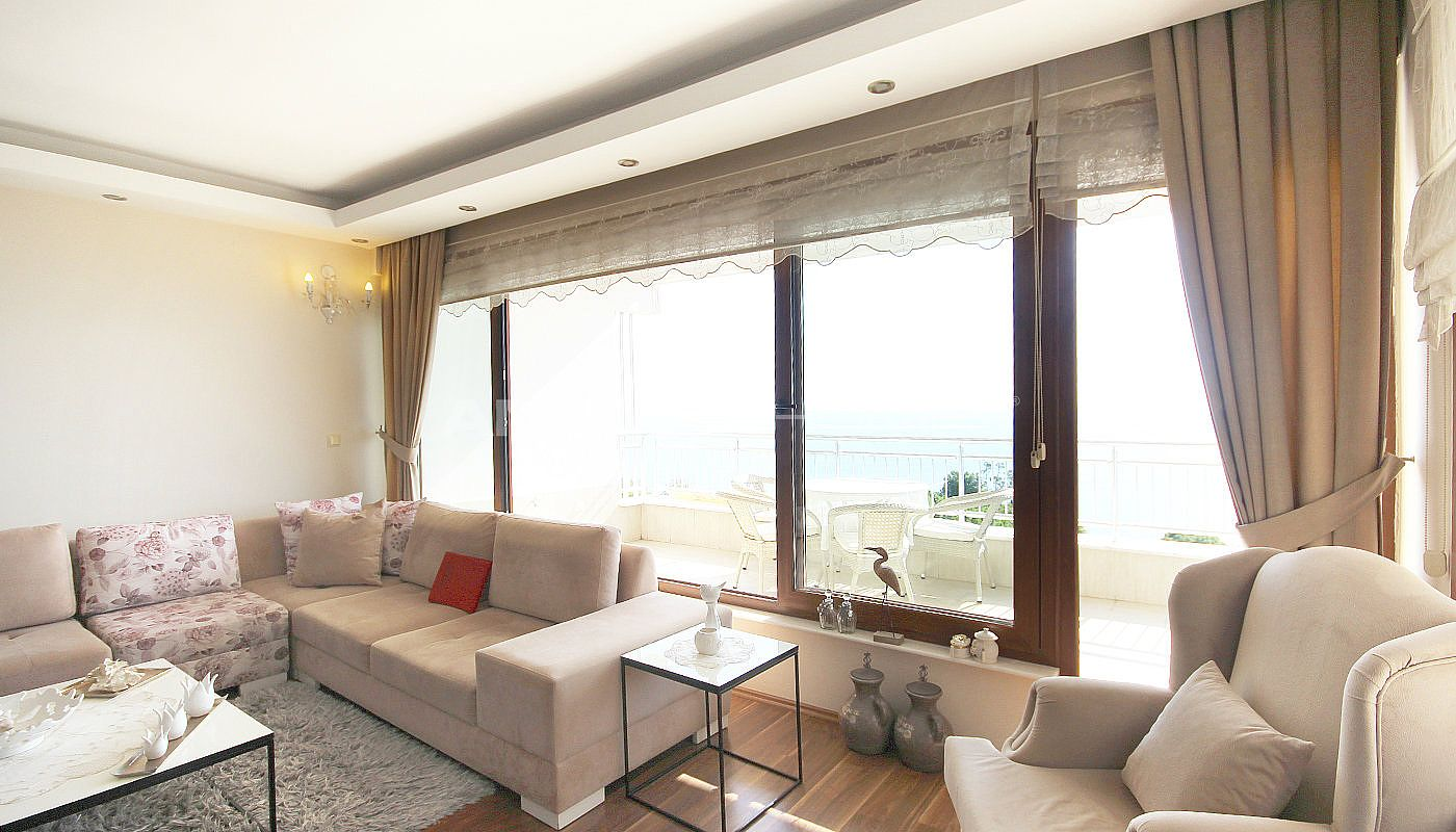 amazing-sea-view-apartment-in-antalya-city-center-interior-005.jpg