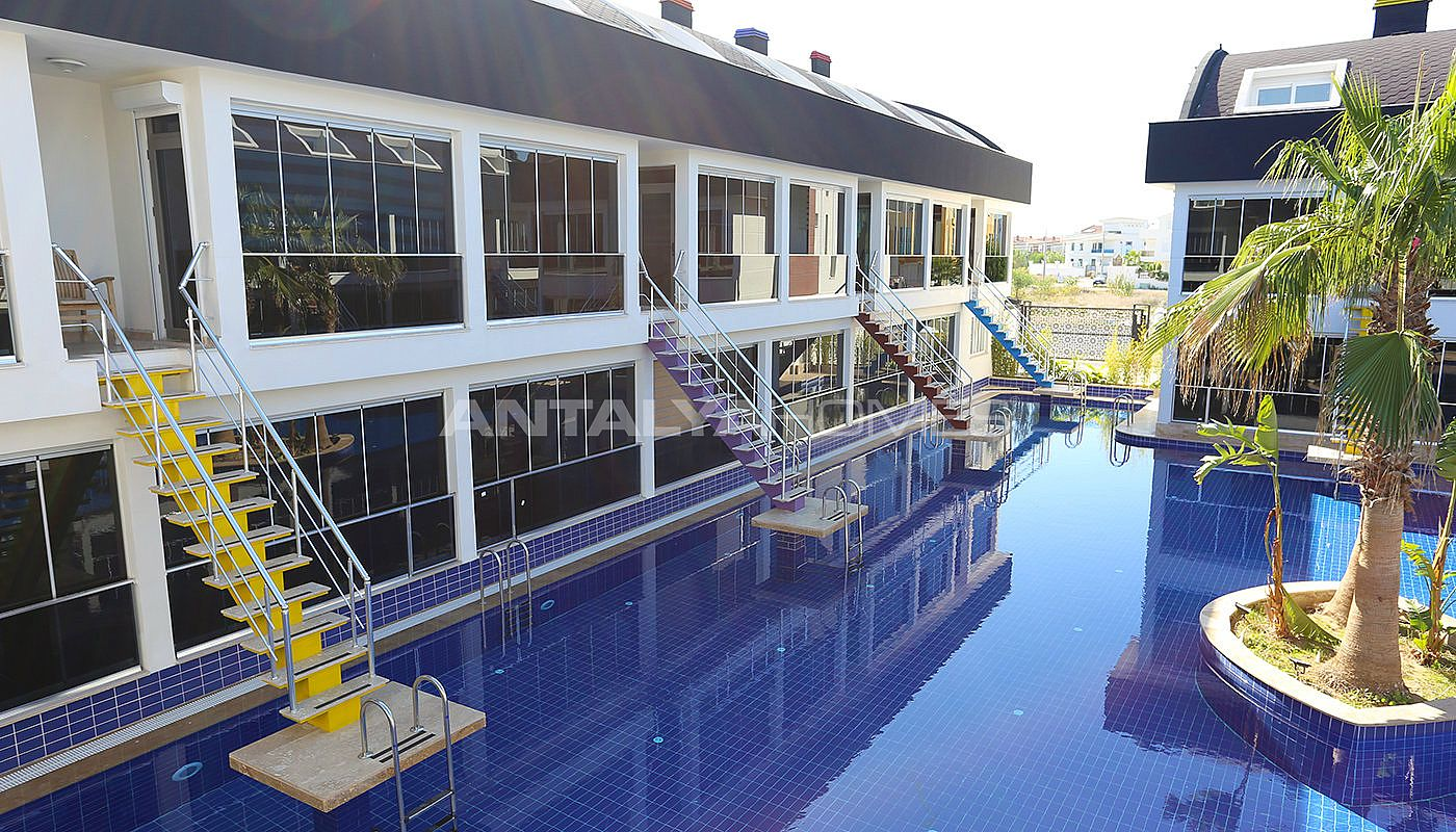 apartments-in-the-unique-complex-with-mega-pool-in-antalya-005.jpg