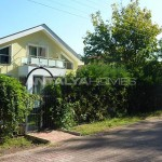 detached-house-surrounded-by-greenery-in-dosemealti-003.jpg