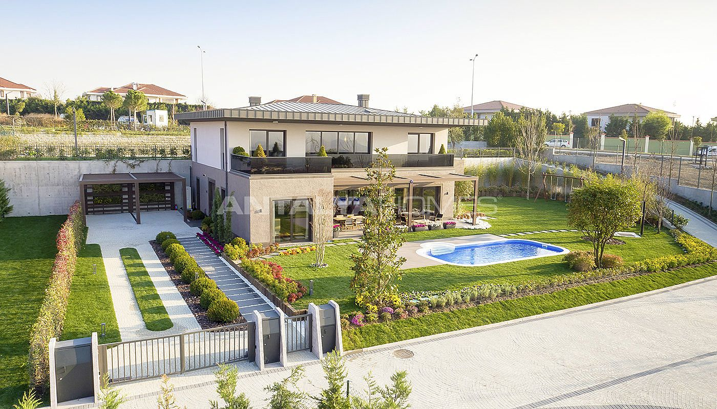 detached-villas-intertwined-with-nature-in-istanbul-003.jpg