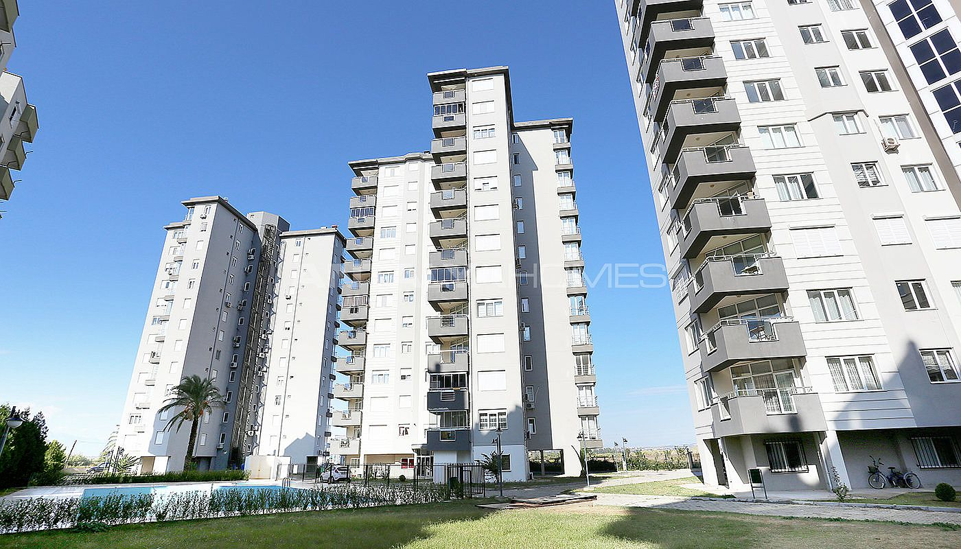 exclusive-sea-and-mountain-views-flat-in-kundu-antalya-001.jpg