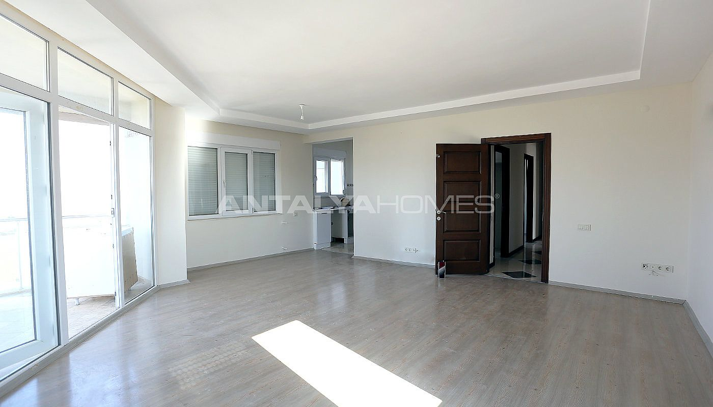 exclusive-sea-and-mountain-views-flat-in-kundu-antalya-interior-003.jpg