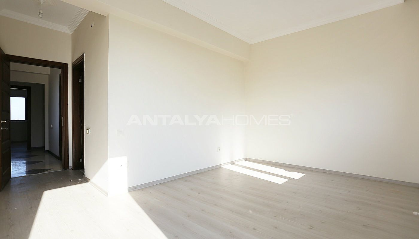 exclusive-sea-and-mountain-views-flat-in-kundu-antalya-interior-005.jpg