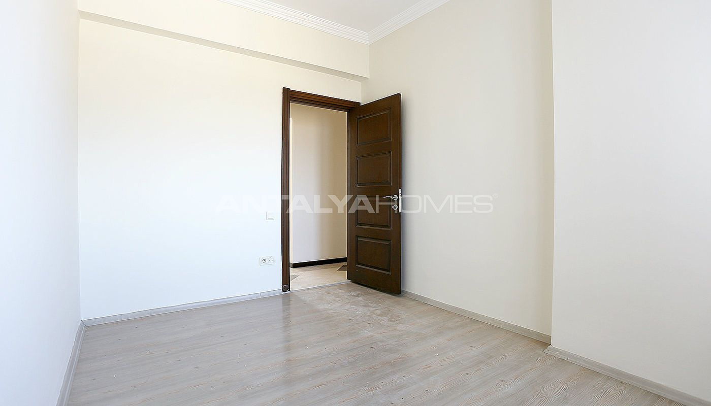 exclusive-sea-and-mountain-views-flat-in-kundu-antalya-interior-008.jpg