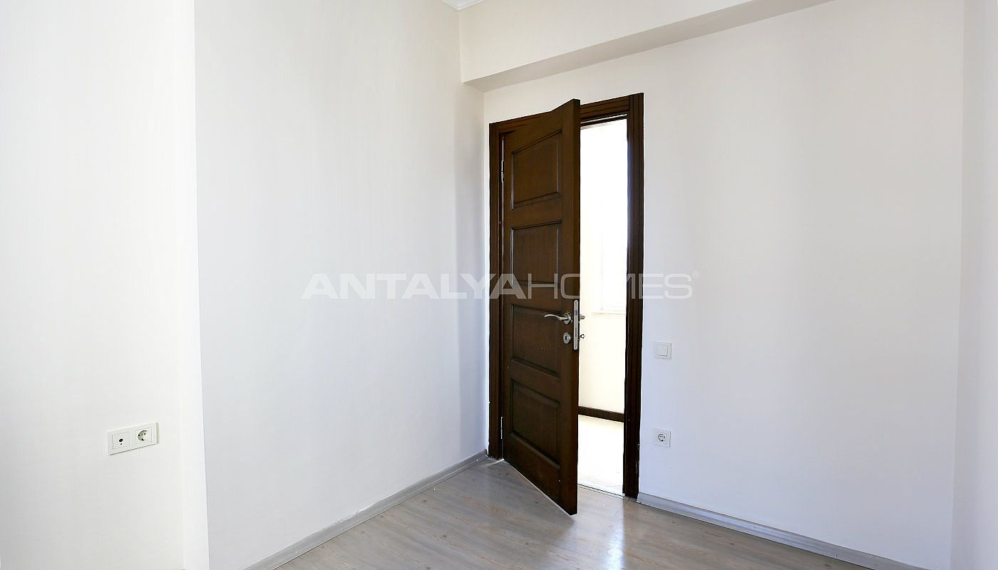 exclusive-sea-and-mountain-views-flat-in-kundu-antalya-interior-010.jpg
