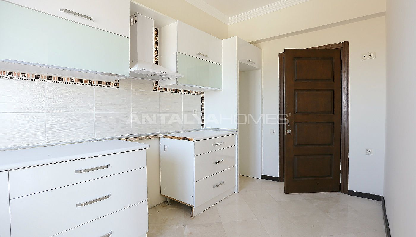 exclusive-sea-and-mountain-views-flat-in-kundu-antalya-interior-011.jpg