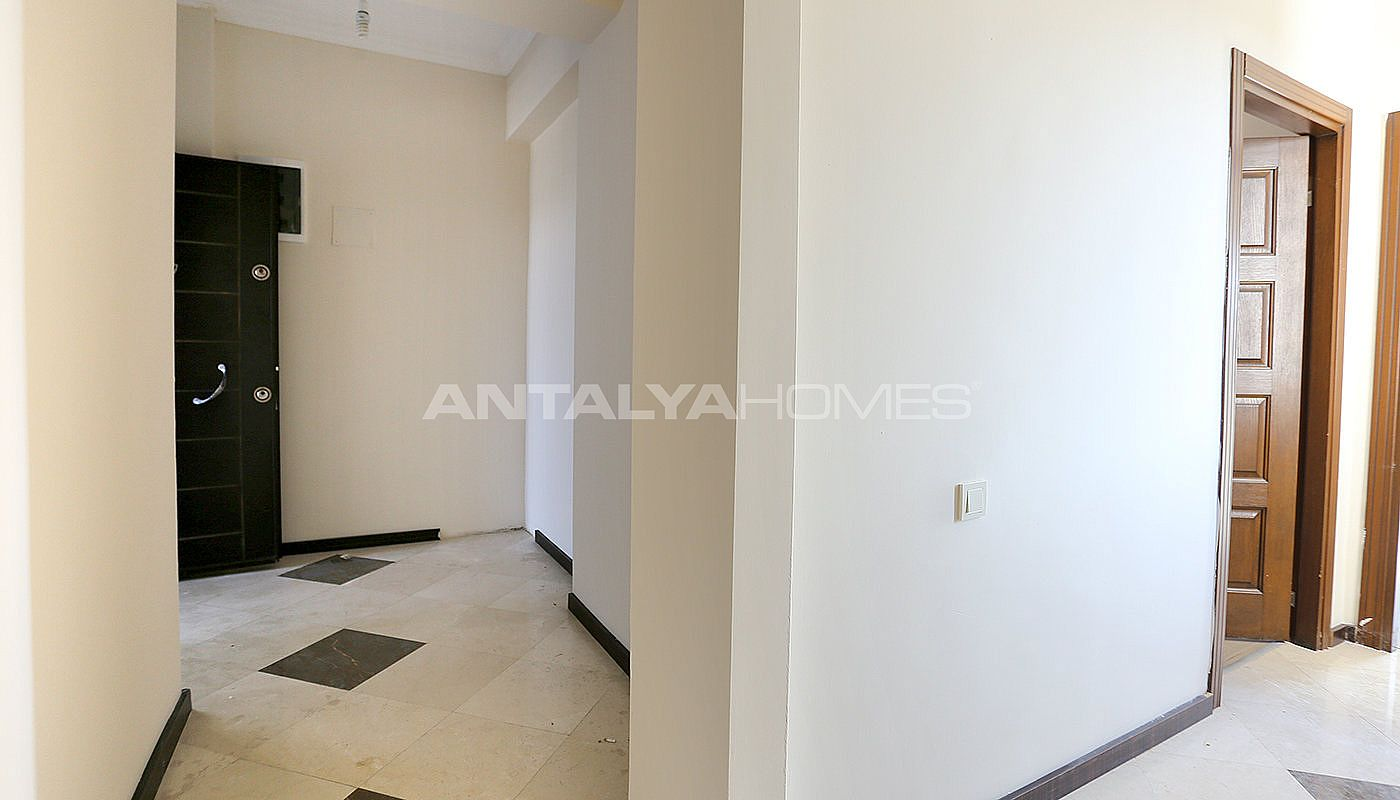 exclusive-sea-and-mountain-views-flat-in-kundu-antalya-interior-015.jpg