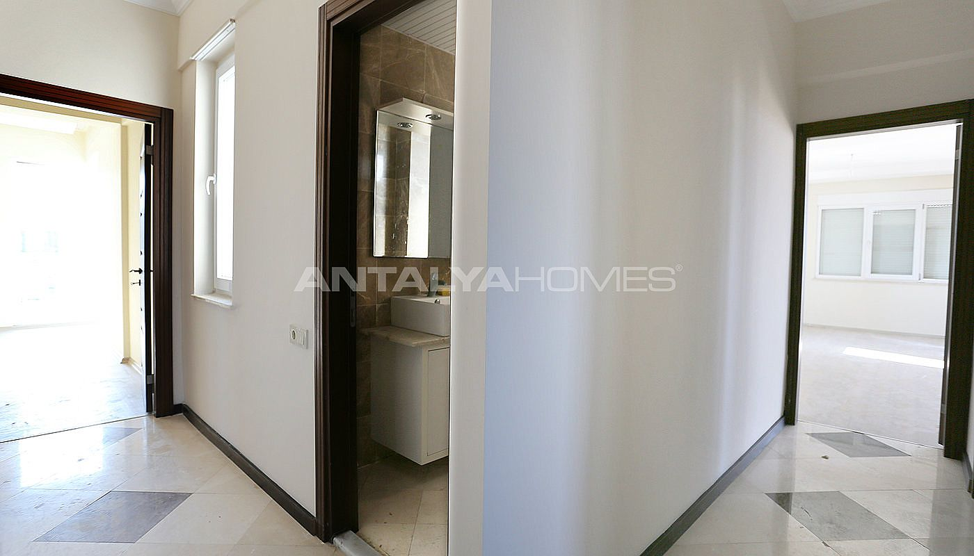 exclusive-sea-and-mountain-views-flat-in-kundu-antalya-interior-016.jpg