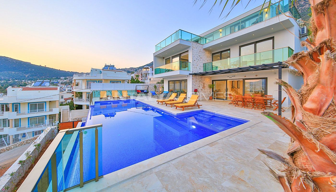 fully-furnished-villa-with-2-swimming-pools-in-kalkan-004.jpg