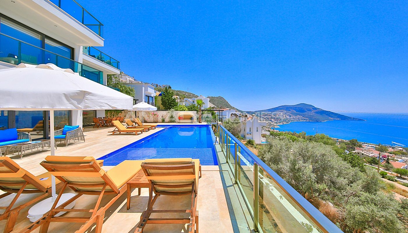 fully-furnished-villa-with-2-swimming-pools-in-kalkan-005.jpg