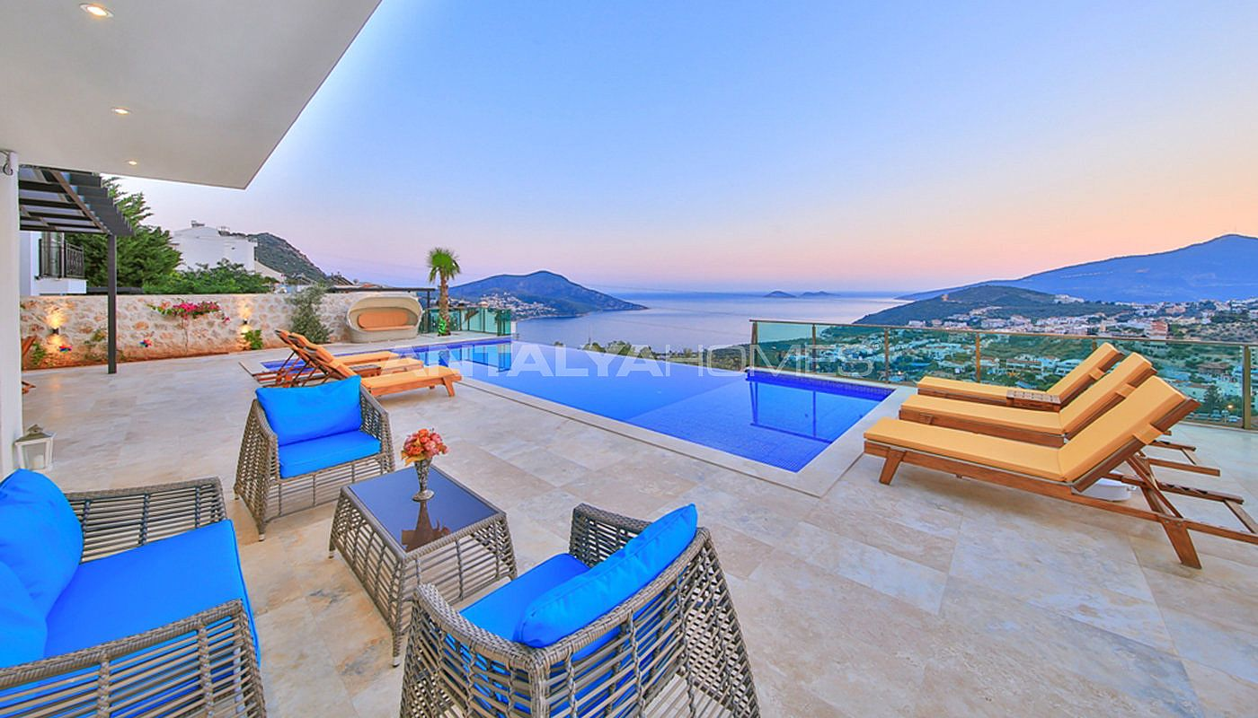 fully-furnished-villa-with-2-swimming-pools-in-kalkan-006.jpg
