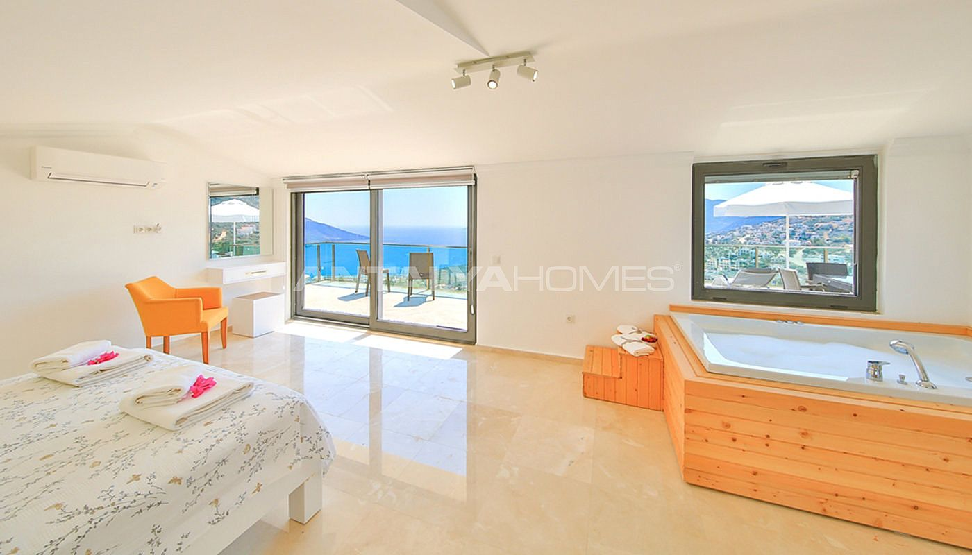 fully-furnished-villa-with-2-swimming-pools-in-kalkan-interior-008.jpg