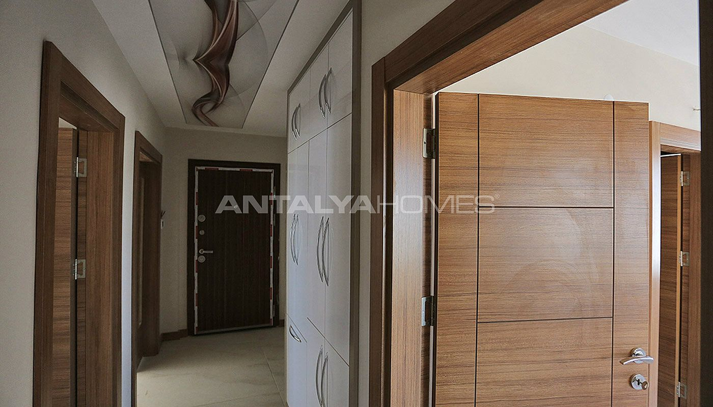 key-ready-antalya-apartments-in-kepez-with-separate-kitchen-interior-019.jpg