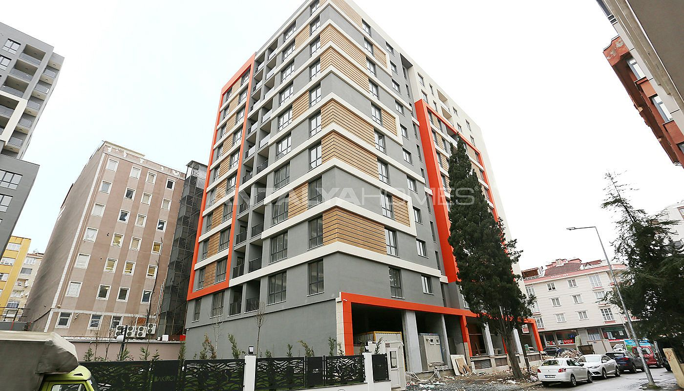 modern-designed-apartments-in-istanbul-kucukcekmece-construction-004.jpg