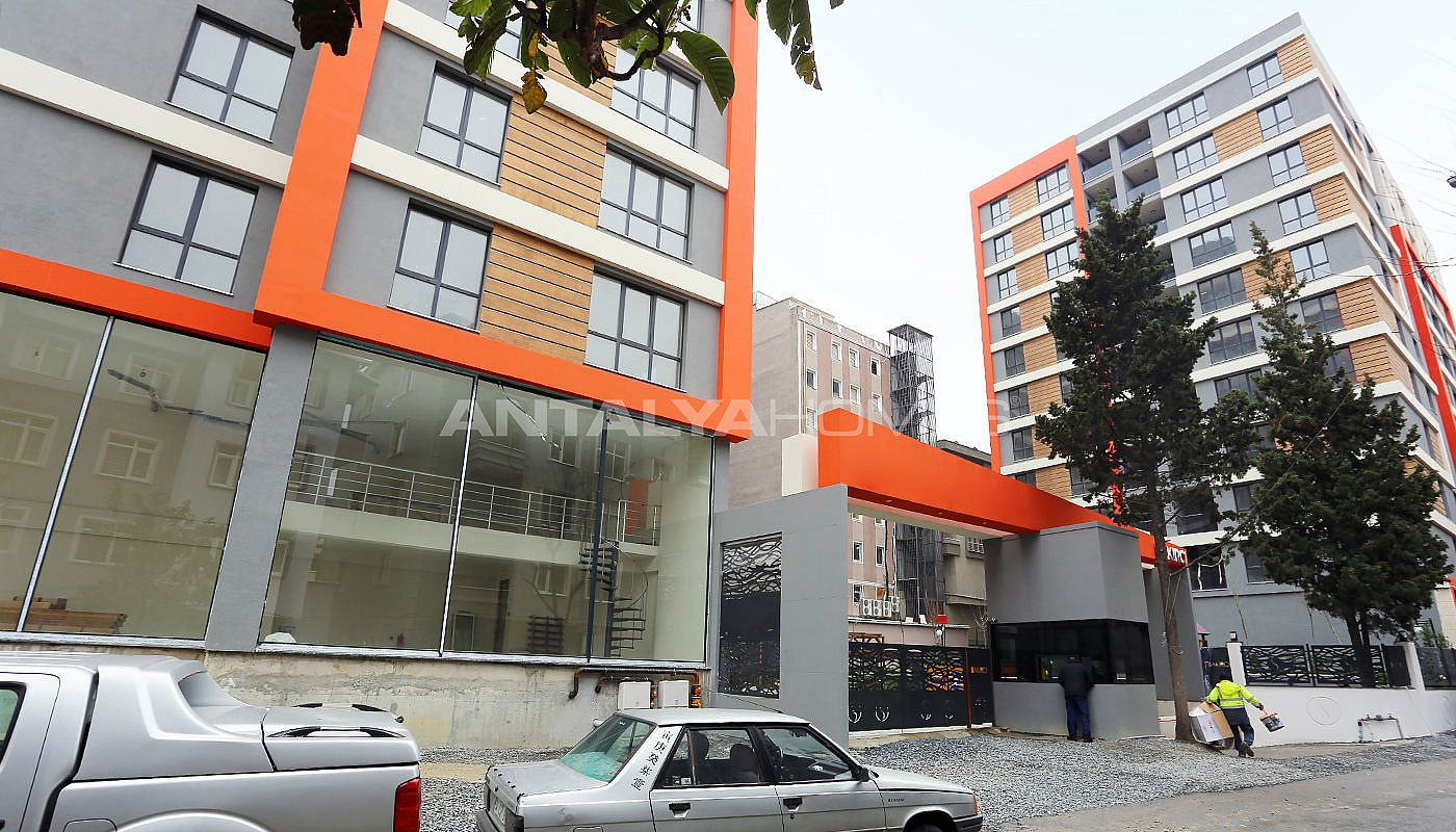 modern-designed-apartments-in-istanbul-kucukcekmece-construction-008.jpg