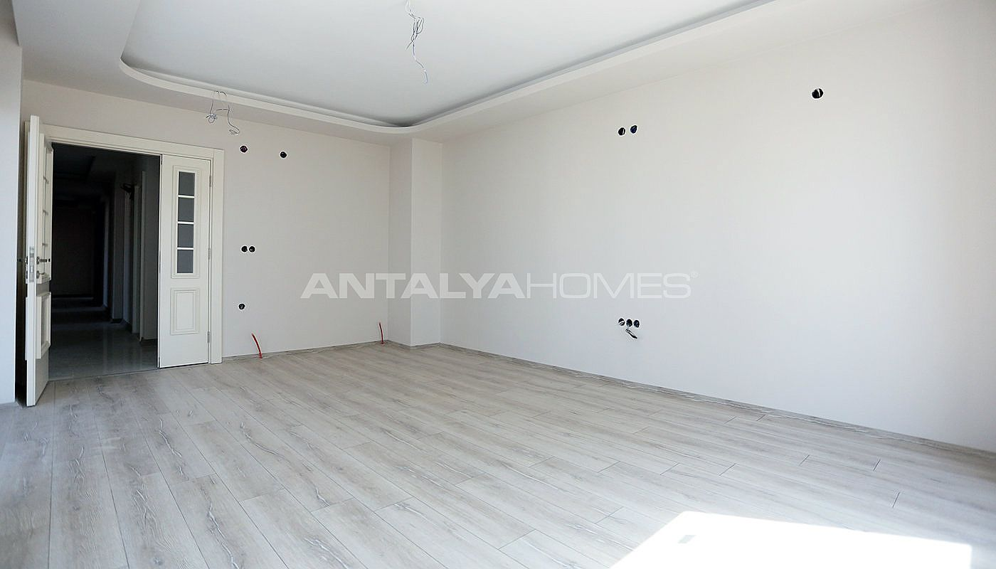 new-apartments-with-uninterrupted-view-of-antalya-interrior-004.jpg