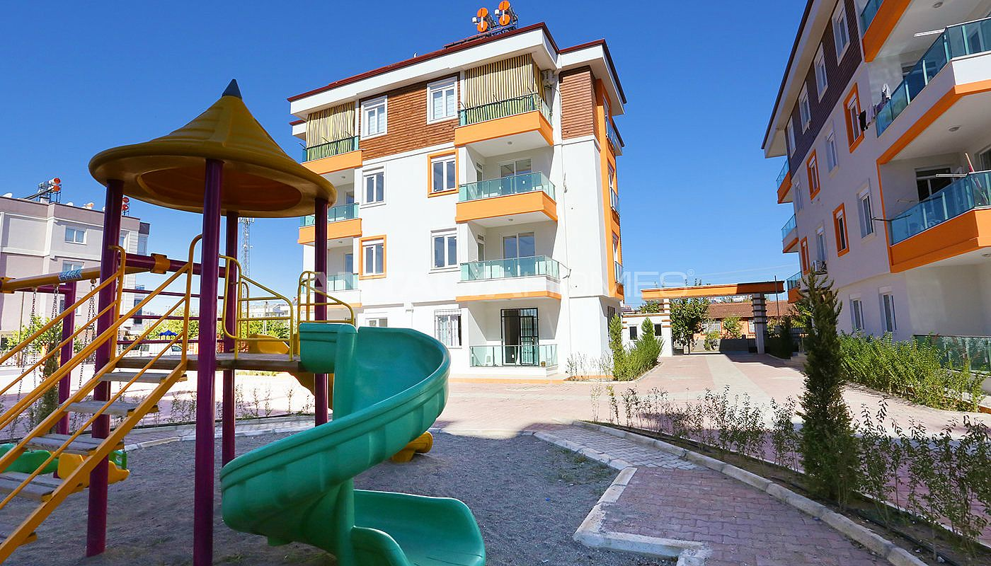 new-build-2-1-apartments-close-to-tram-station-in-kepez-003.jpg