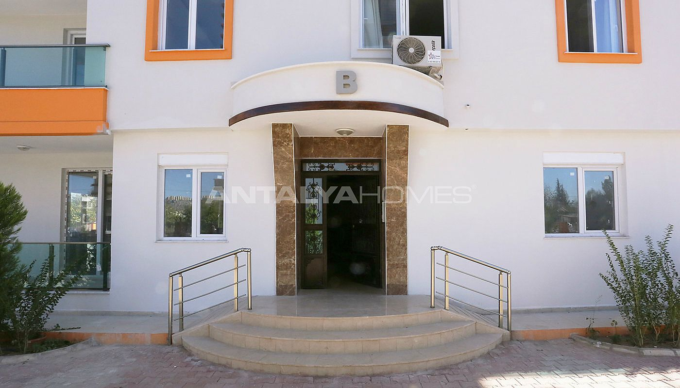 new-build-2-1-apartments-close-to-tram-station-in-kepez-004.jpg