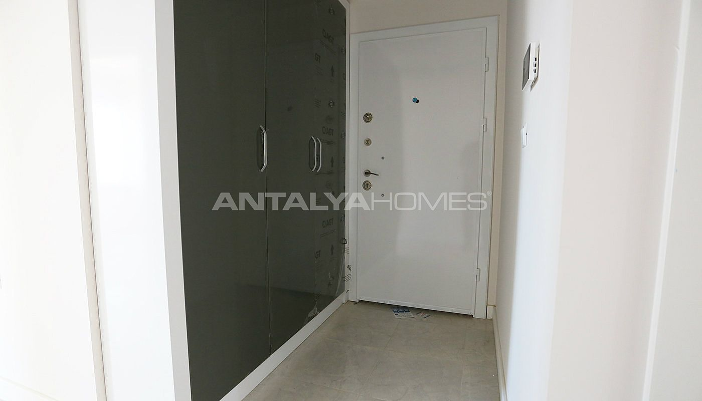 new-build-2-1-apartments-close-to-tram-station-in-kepez-interior-014.jpg