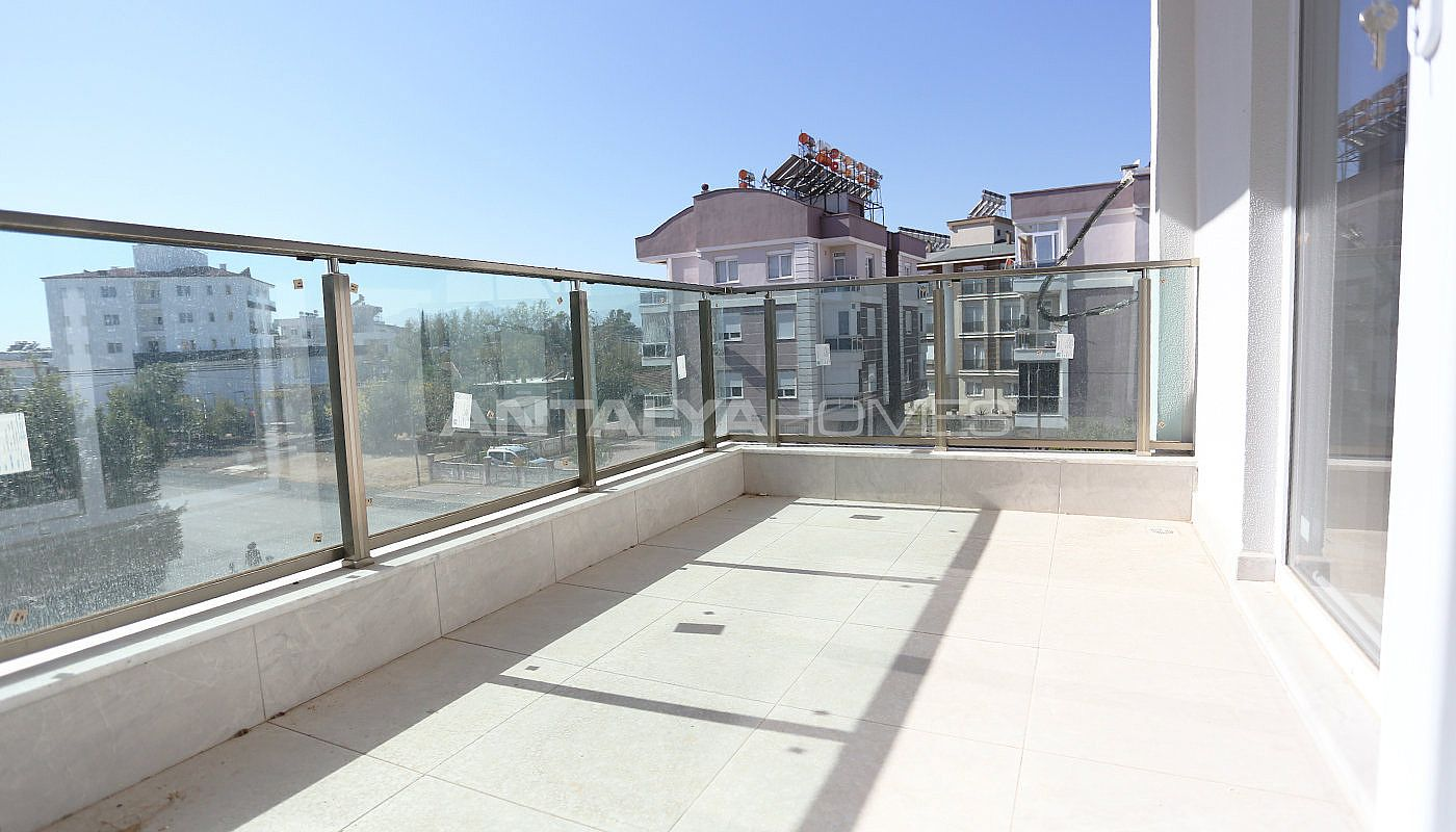 new-build-2-1-apartments-close-to-tram-station-in-kepez-interior-016.jpg