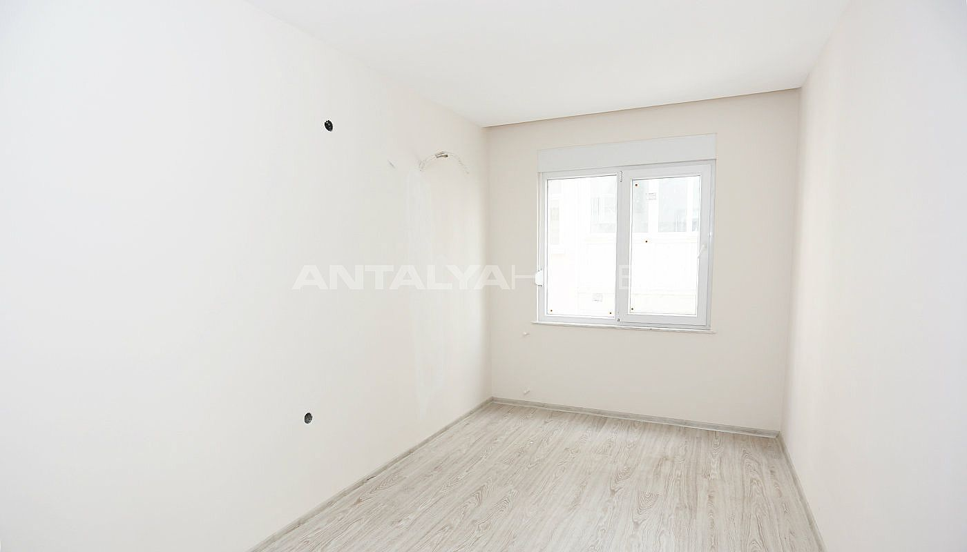 new-built-3-bedroom-apartments-in-the-center-of-antalya-interior-012.jpg