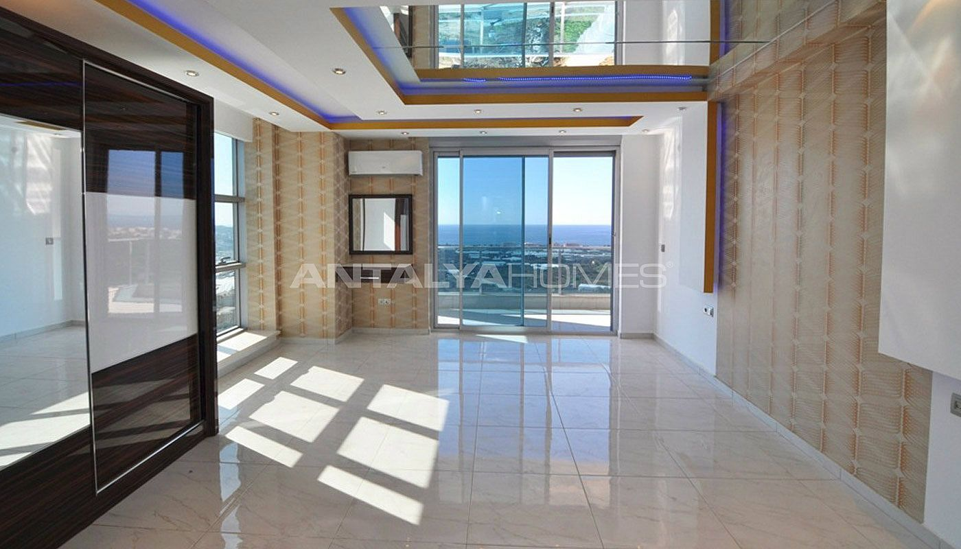 panoramic-sea-and-castle-views-villa-in-alanya-kargicak-interior-007.jpg