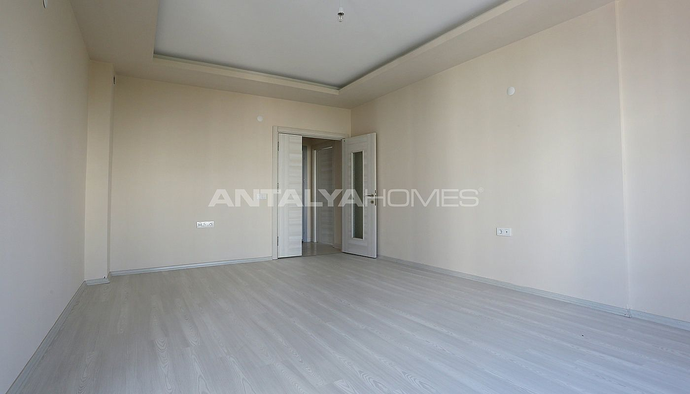 ready-2-bedroom-apartments-close-to-antalya-city-center-interior-002.jpg