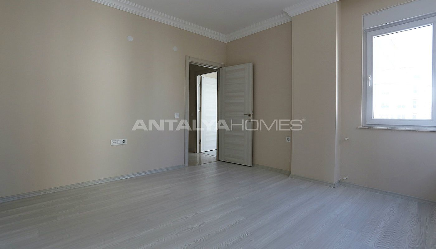 ready-2-bedroom-apartments-close-to-antalya-city-center-interior-004.jpg