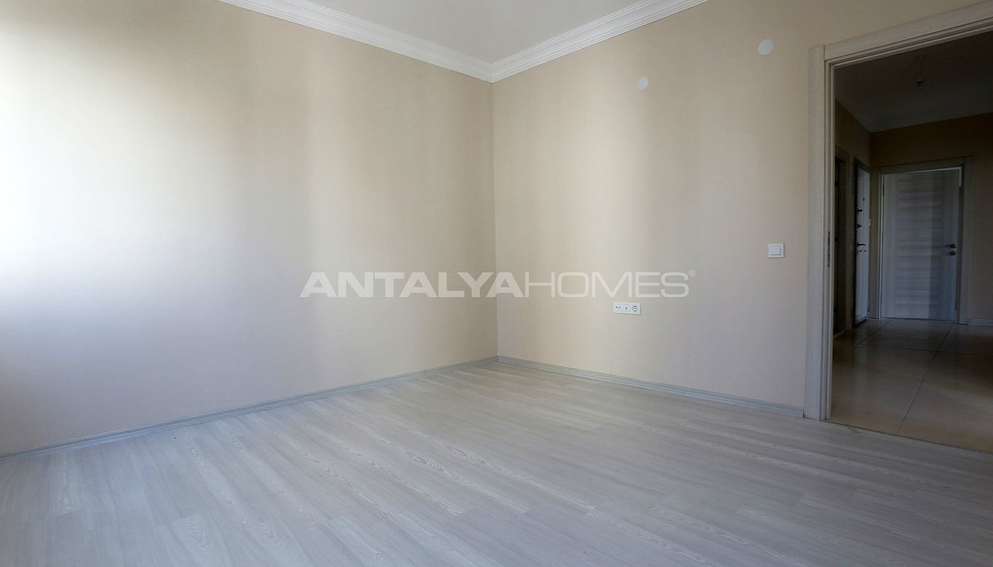 ready-2-bedroom-apartments-close-to-antalya-city-center-interior-006.jpg