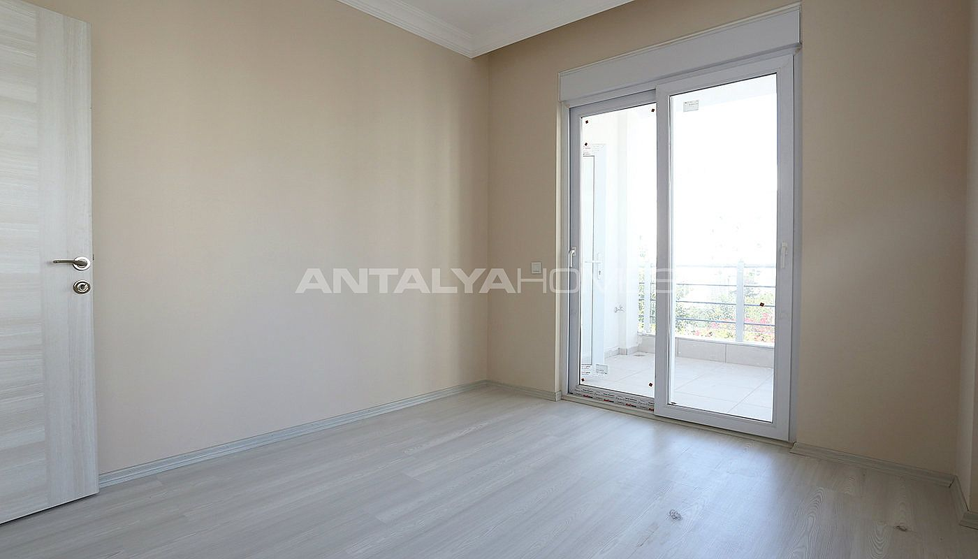 ready-2-bedroom-apartments-close-to-antalya-city-center-interior-008.jpg