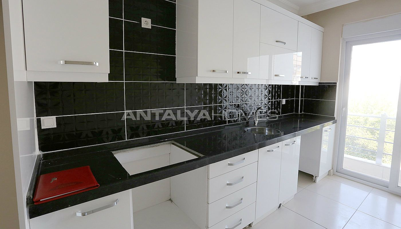 ready-2-bedroom-apartments-close-to-antalya-city-center-interior-012.jpg