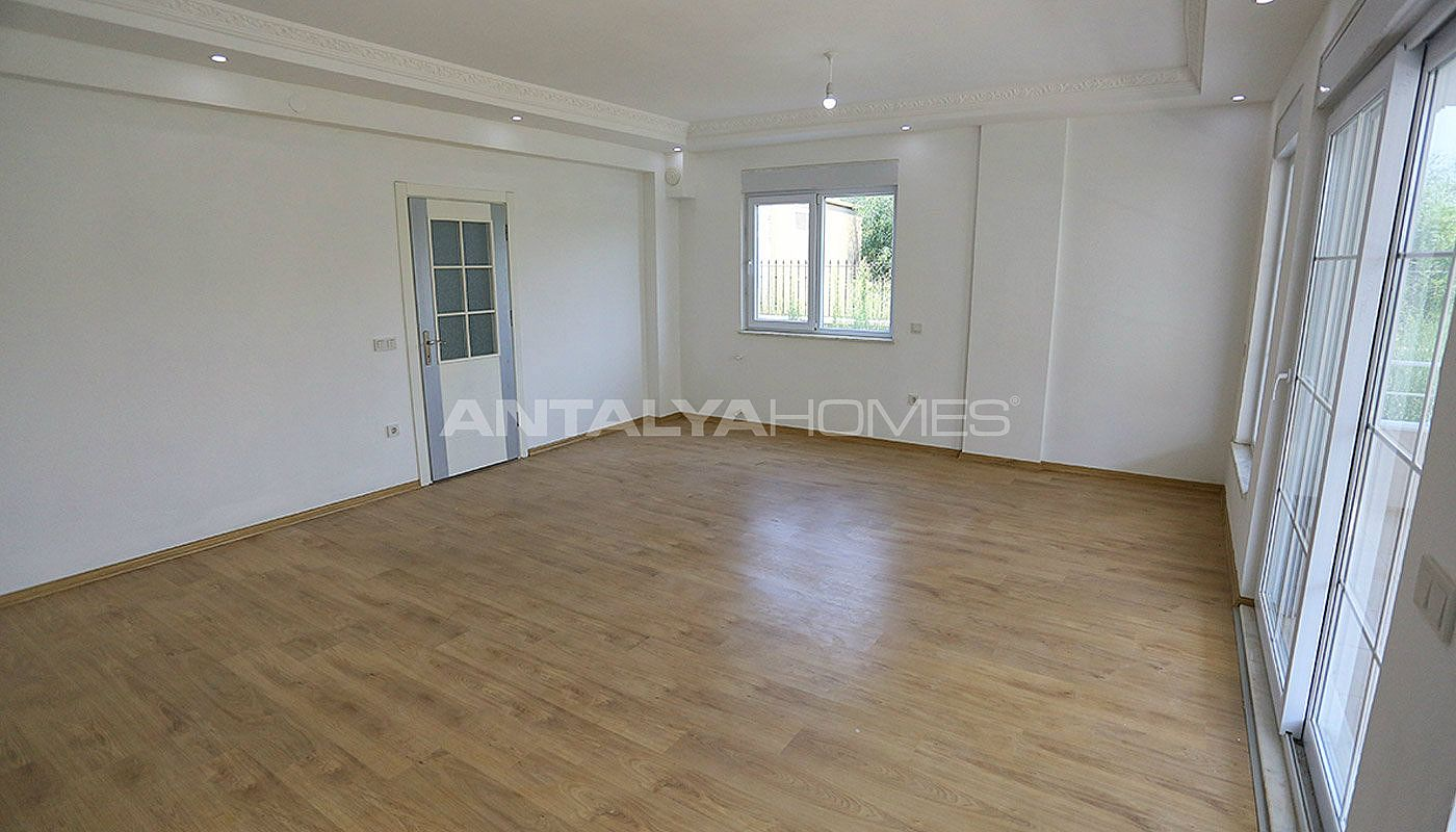 ready-to-move-detached-belek-villas-in-a-calm-location-interior-003.jpg