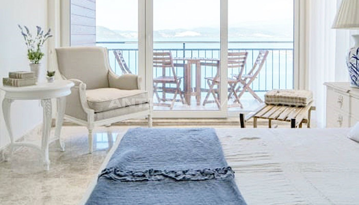 sea-front-villas-with-private-pool-in-bodrum-interior-007.jpg