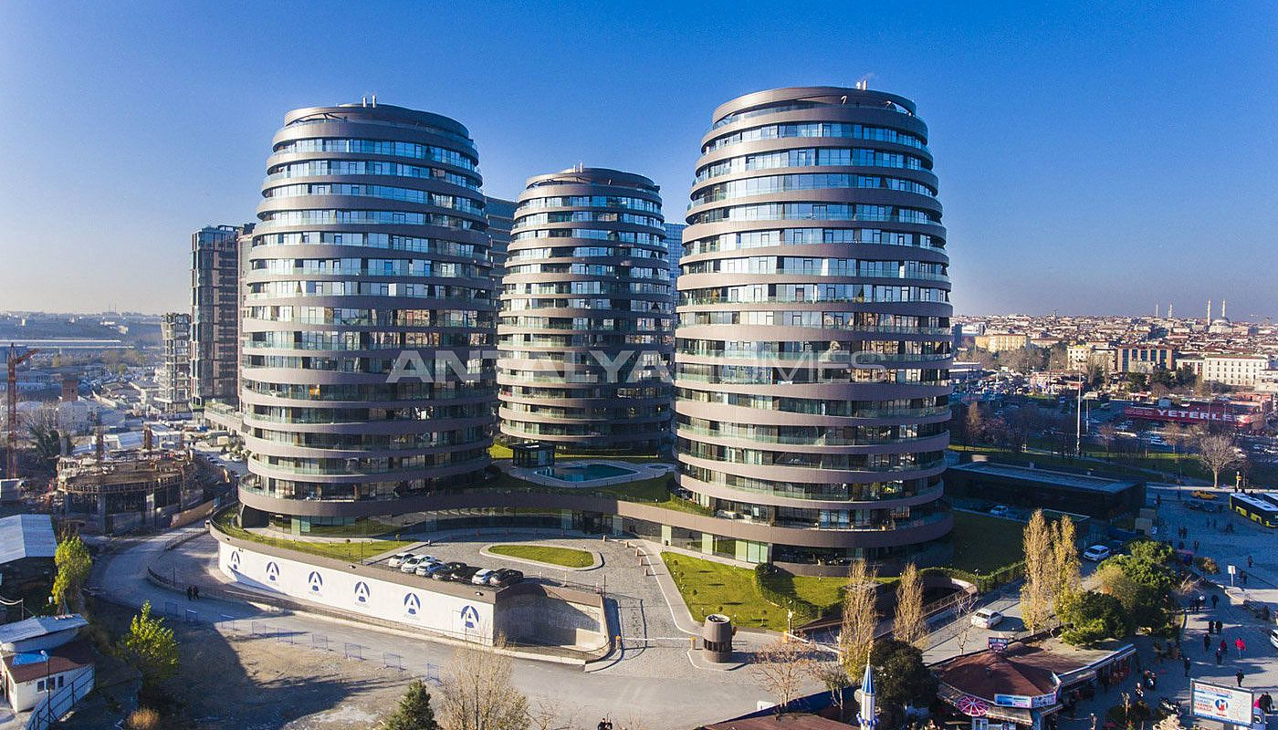 sophisticate-designed-flats-in-the-trade-center-of-istanbul-main.jpg