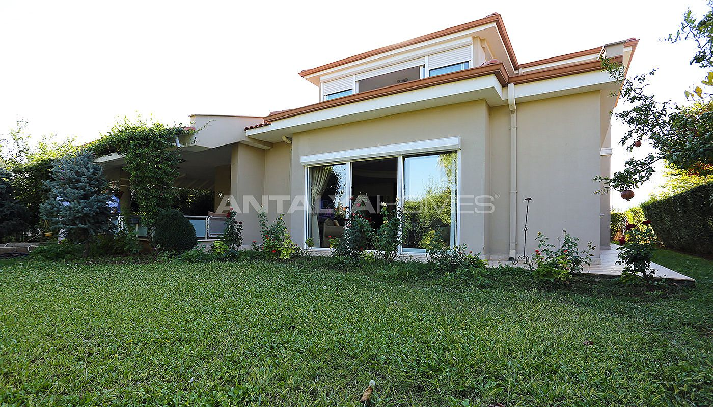 spacious-houses-with-rich-facilities-in-antalya-005.jpg
