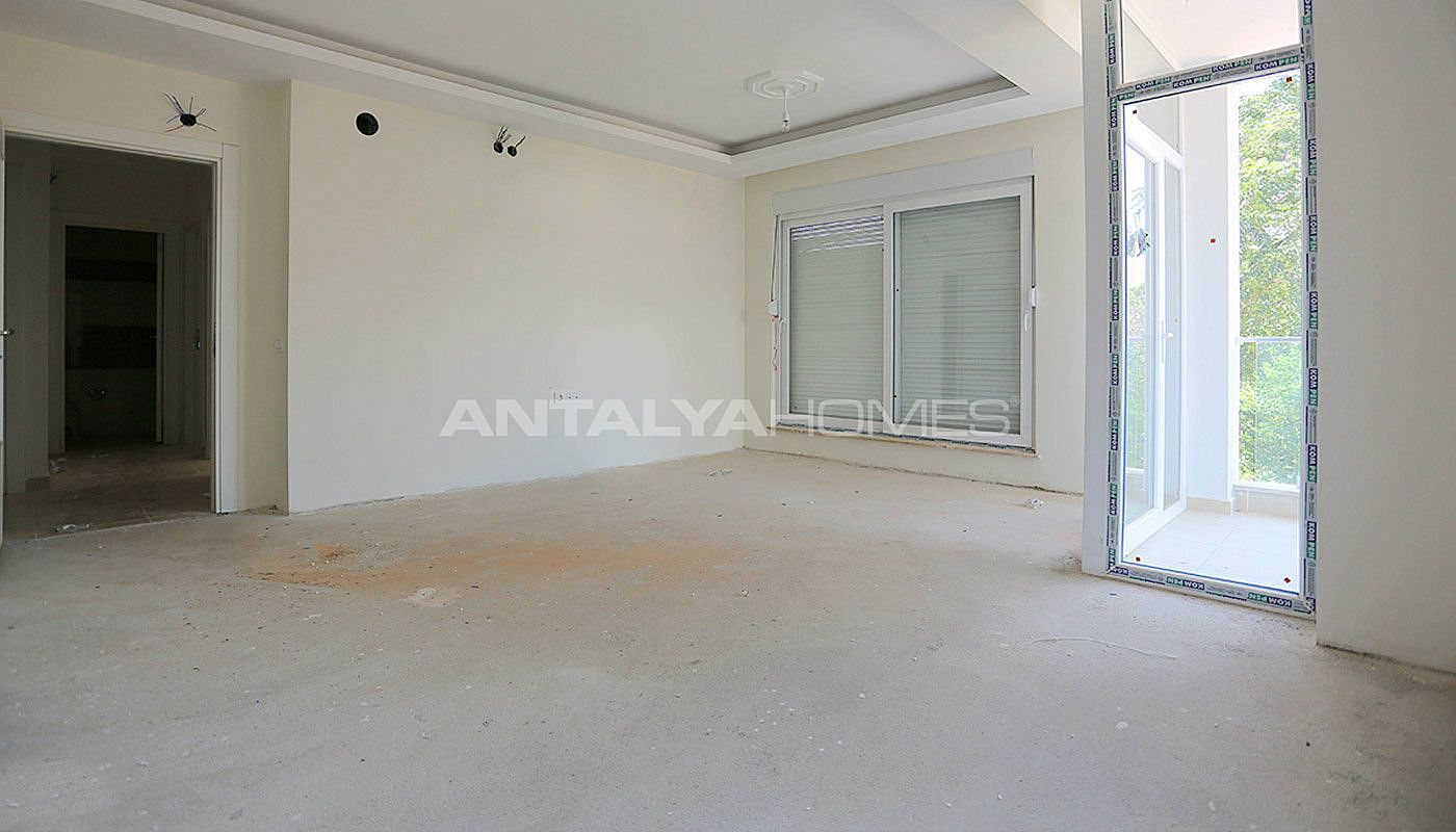 2-bedroom-antalya-properties-with-separate-kitchen-interior-002.jpg