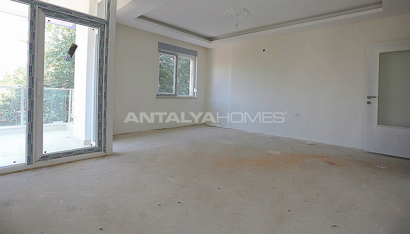 2-bedroom-antalya-properties-with-separate-kitchen-interior-003.jpg