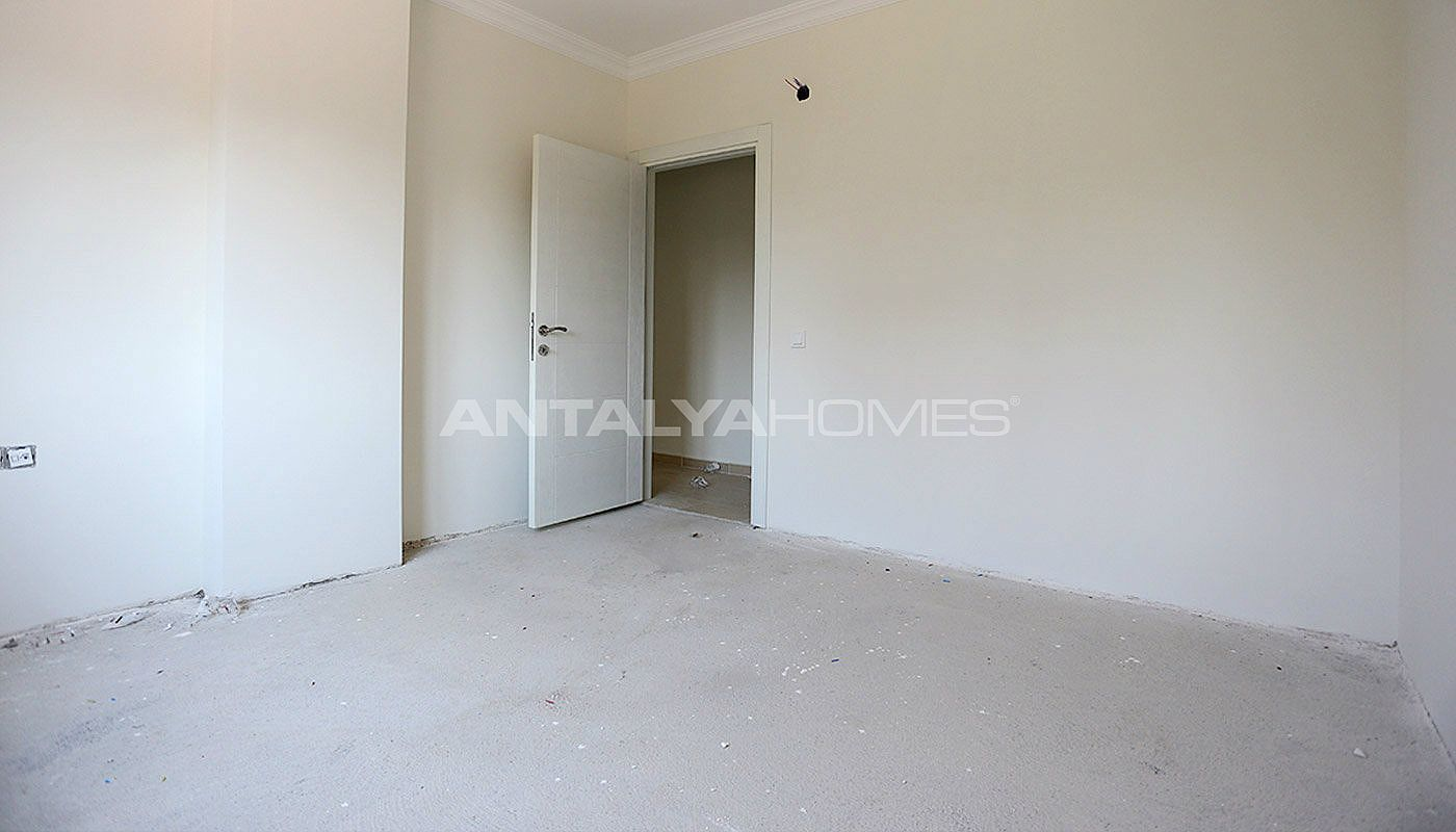 2-bedroom-antalya-properties-with-separate-kitchen-interior-009.jpg