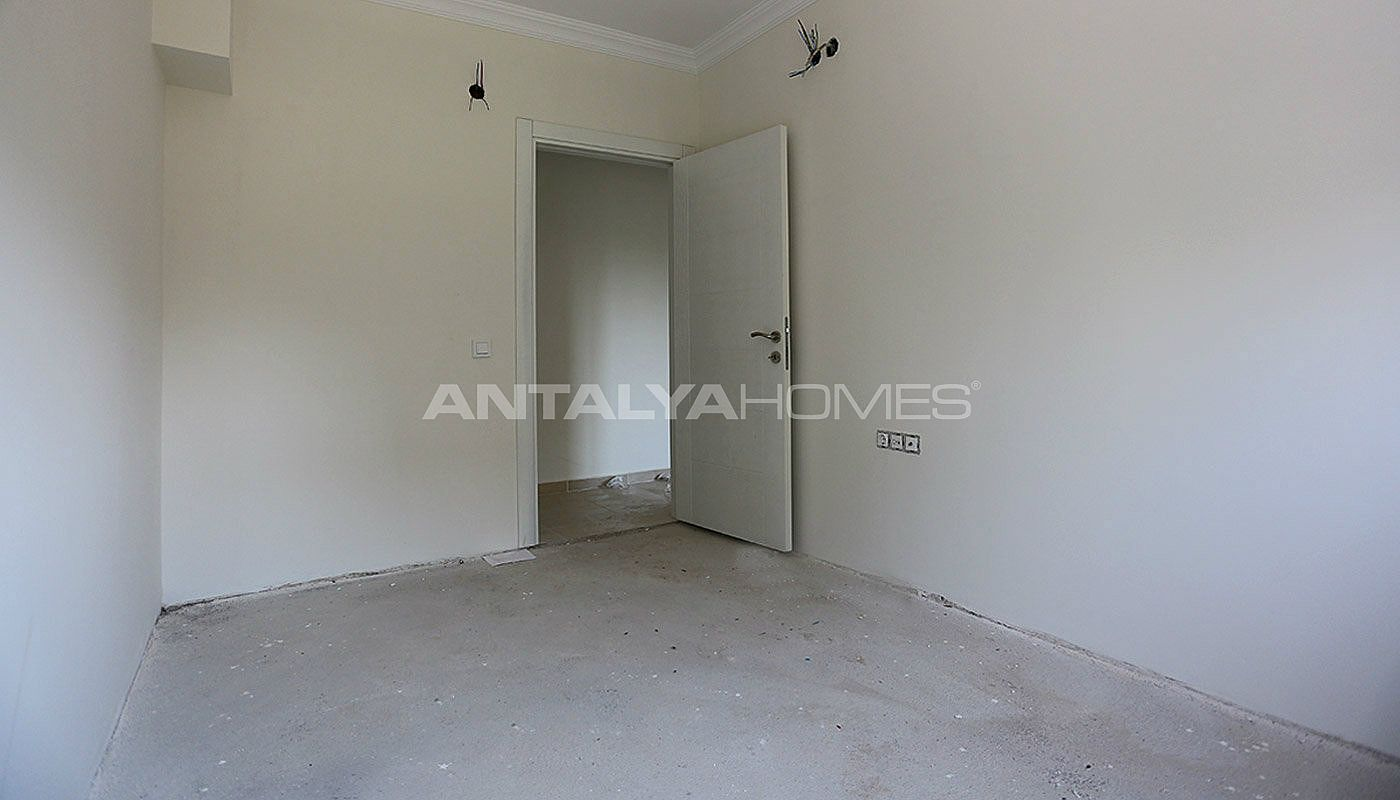 2-bedroom-antalya-properties-with-separate-kitchen-interior-013.jpg
