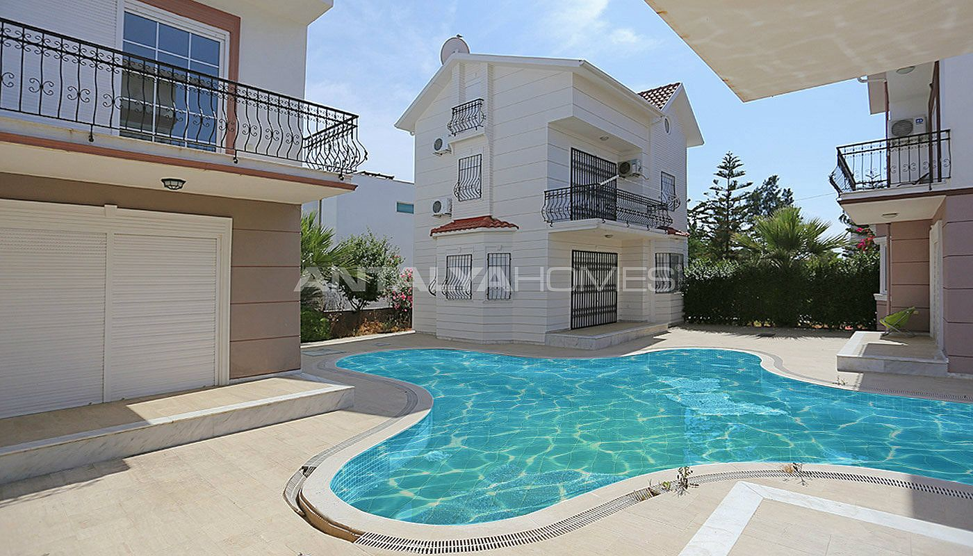 detached-belek-villas-in-the-modern-complex-with-pool-002.jpg