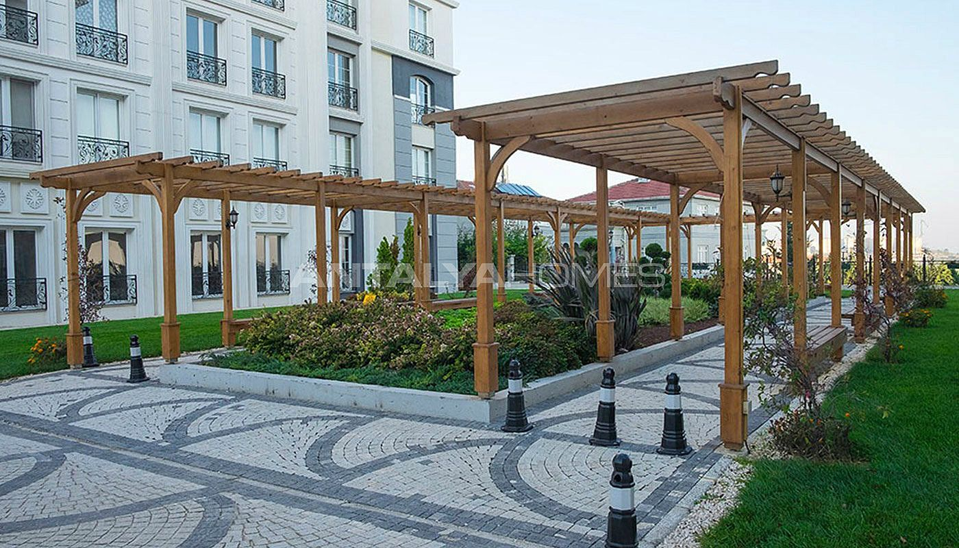 exclusive-apartments-with-rich-features-in-istanbul-009.jpg